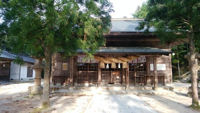 島根県、玉作湯神社の拝殿