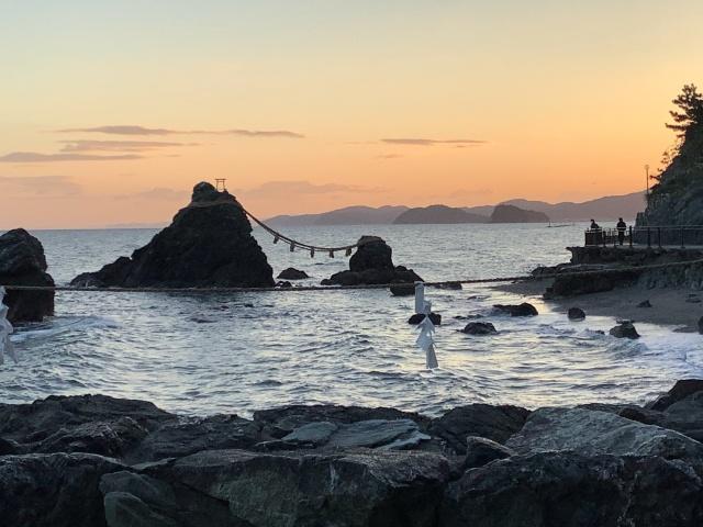 三重県、二見興玉神社の夫婦岩